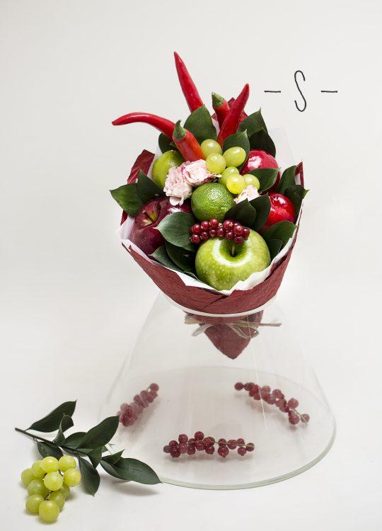 красивый фруктовый съедобный букет Москва Vegato STUDIO Вегато Ригадо