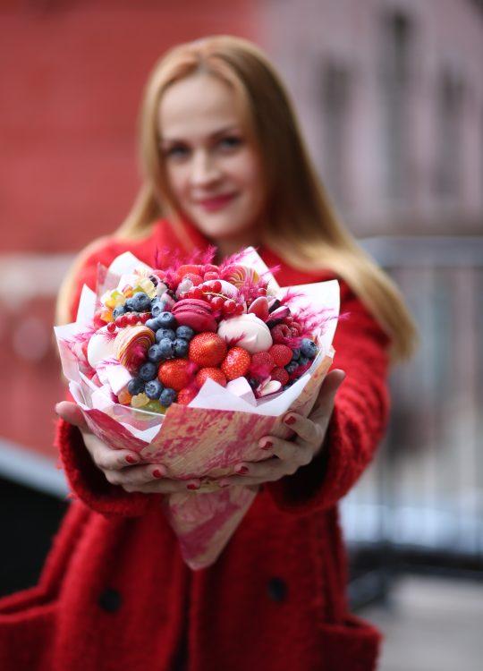 красивый фруктовый съедобный букет Москва Vegato Вегато Аврора