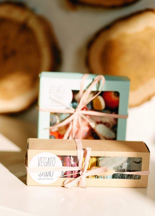 подарки наборы макаронс ягоды доставка Москва Vegato STUDIO Вегато Тиффани